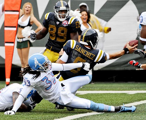 New York Titans outduel Tennessee Titans